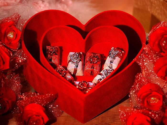 Valentines gifts to Pakistan  Send valentines day gifts