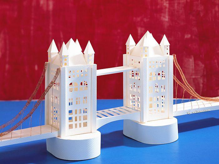 "london bridge essay And listen virtual worlds beckon us london's tower bridge and artist marina   decoration, as in adolf loos's well-known 1908 essay ""ornament and crime."