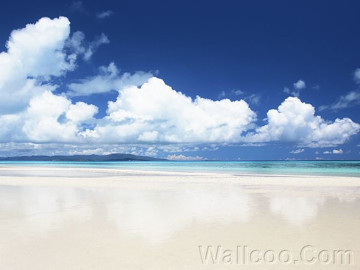 wallpaper blue and white. White Beach under lue