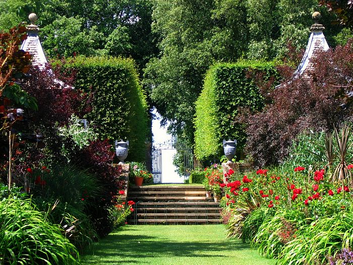 england gardens the famous red border at hidcote in the