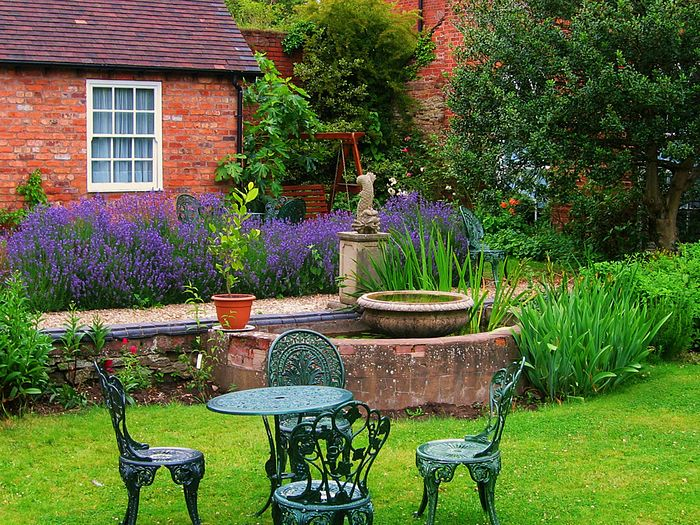 ... THe Beauty Of English Gardens 9   Stunningly Beautiful Borde Hill Garden  Wallpaper