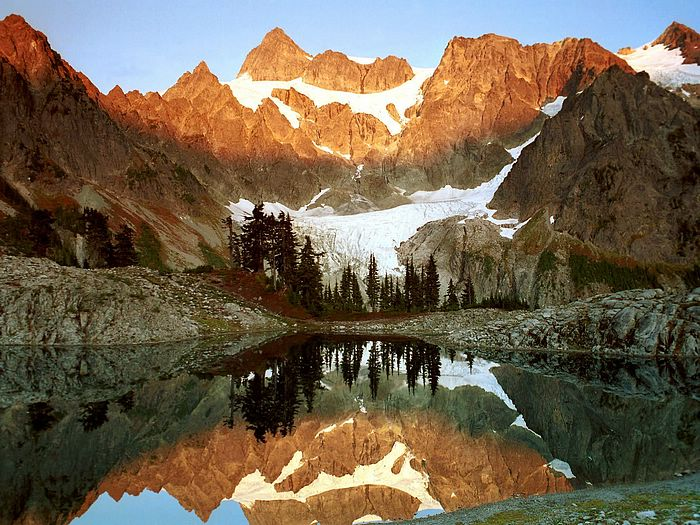 Mountains and lakes pictures mountain surrounding lakes beautiful mountains and lakes scenery high res mountains and lakes pictures mountain voltagebd Images