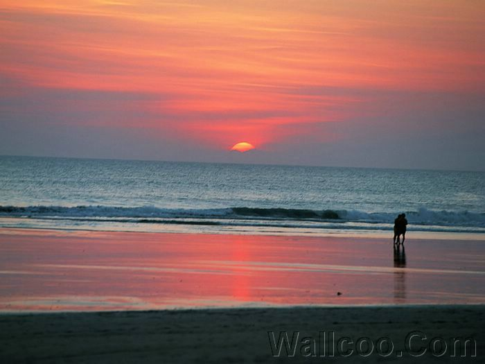 Photo: Couple On The Beach Sunset, People On the Beach 36 ...