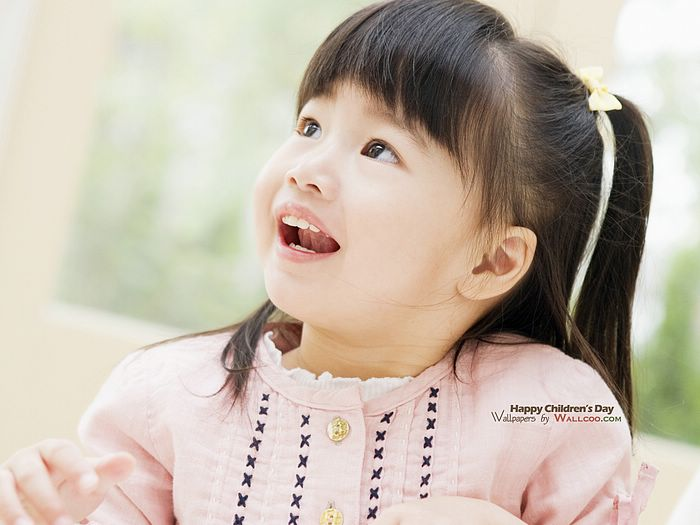 http://www.wallcoo.net/photography/asian_children_photography/images/Cute_Asian_Children_photos_HU147_350A.jpg