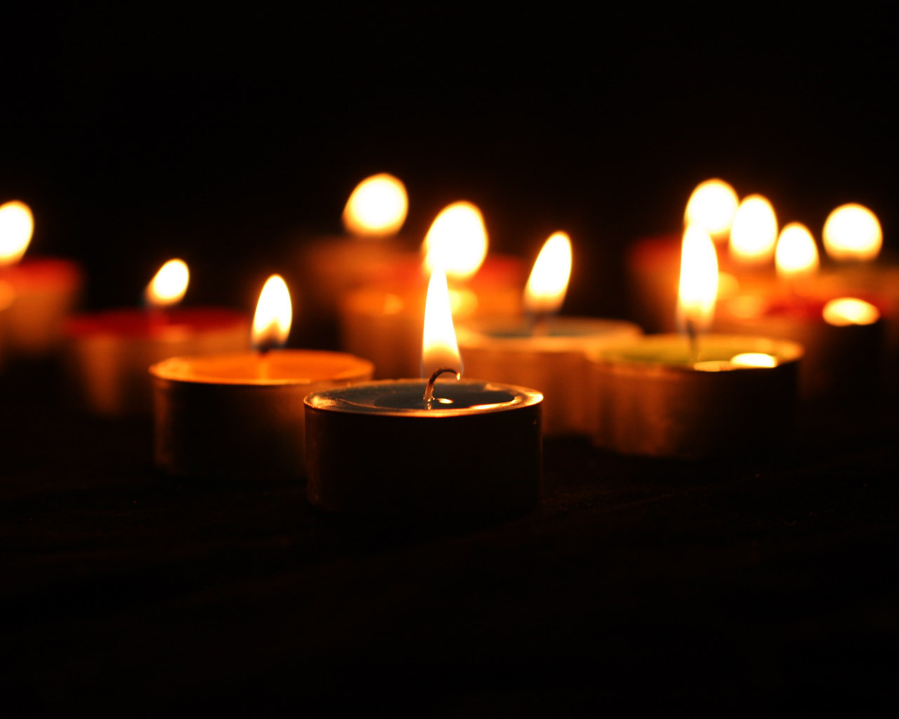 Candles at Night 1028x1024 NO.40 Wallpaper