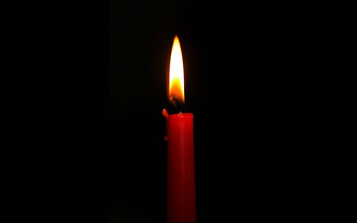 red candle black background - photo #39