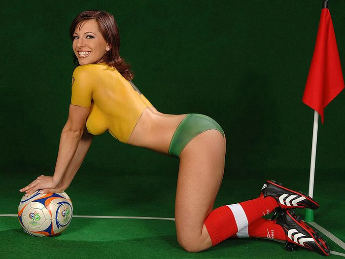 http://www.wallcoo.net/sport/Sexy_Football_Body_Paint_1024/images/%5Bwallcoo.com%5D_Football_Body_Paint_WorldCupBaby_3013.jpg