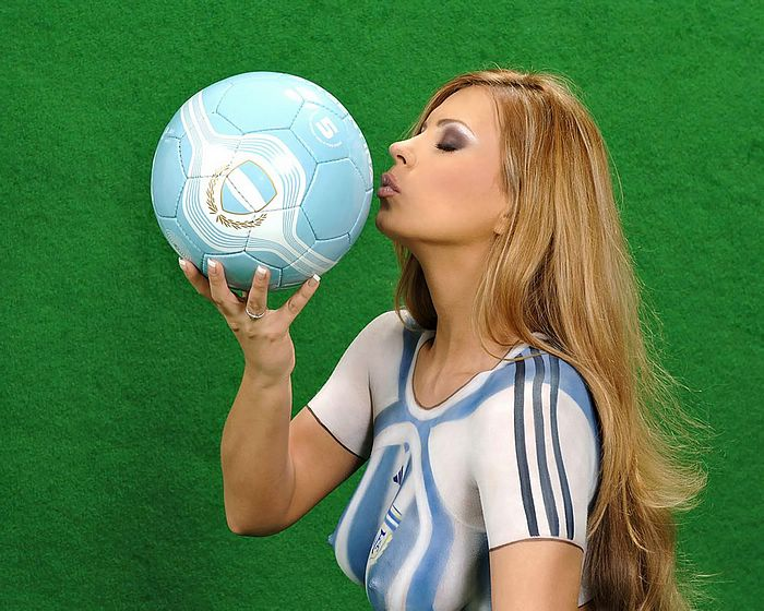 World Cup Body Paint Jersey Wallpaper Sexy Girsl Body Painting22 Wallcoo Net